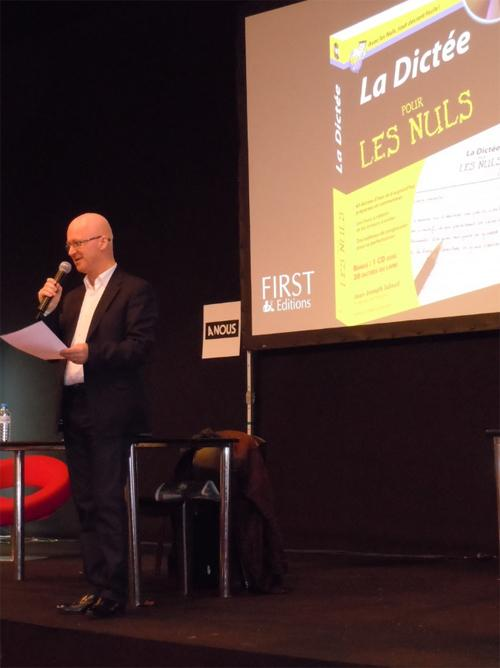 Jean-Joseph Julaud au salon du livre de Paris 2011 : la Dictée pour les Nuls