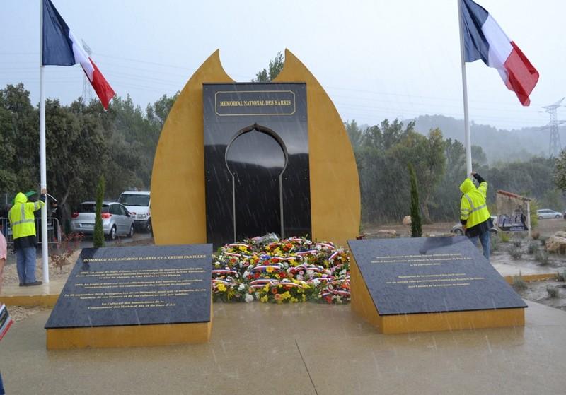 Mémorial national des harkis à Jouques (Bouches-du-Rhône)