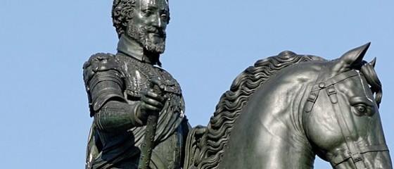 Statue équestre du roi Henri IV sur le Pont Neuf à Paris