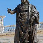 2012-05-14_-_Statue_of_Stanislas_Leszczyński_on_Place_Stanislas_in_Nancy